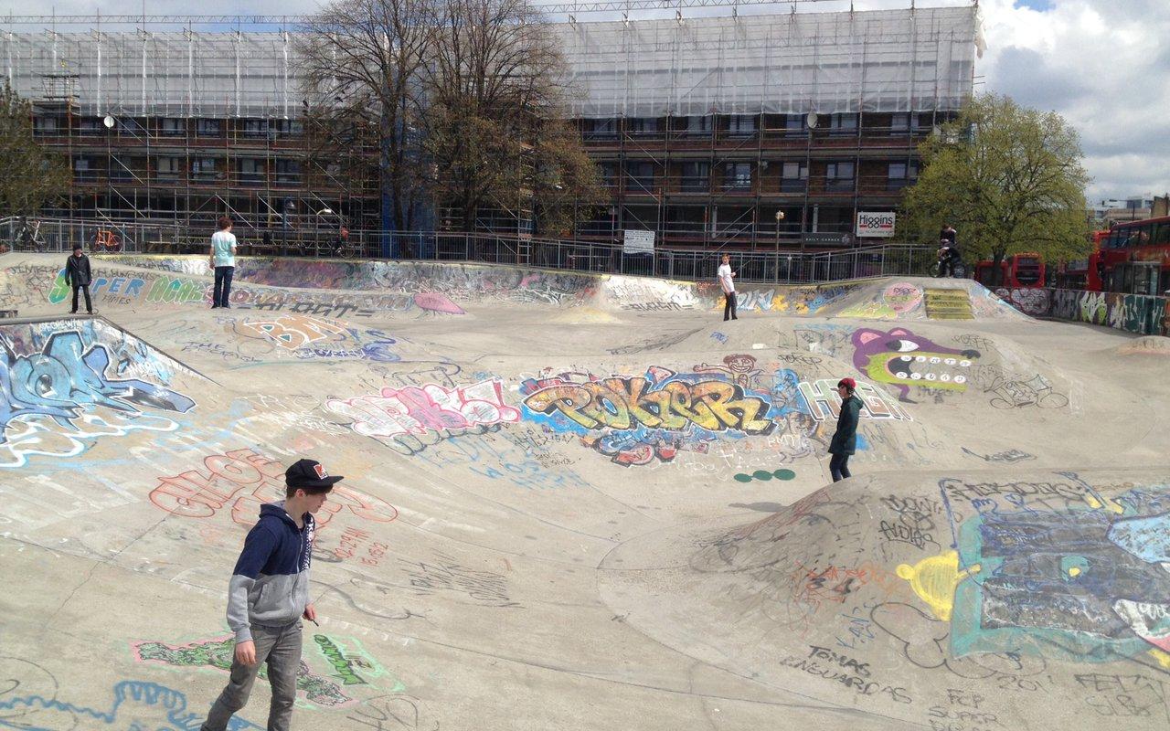 AWAYN IMAGE Stockwell Skatepark