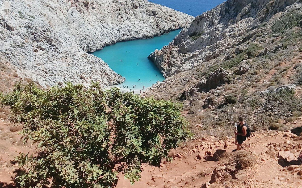 AWAYN IMAGE Hike down to Stefanou Beach