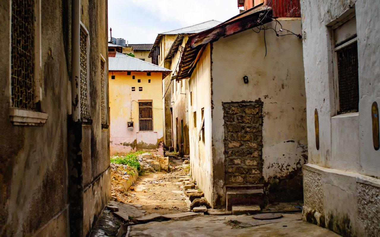 AWAYN IMAGE Mombasa's Old Town