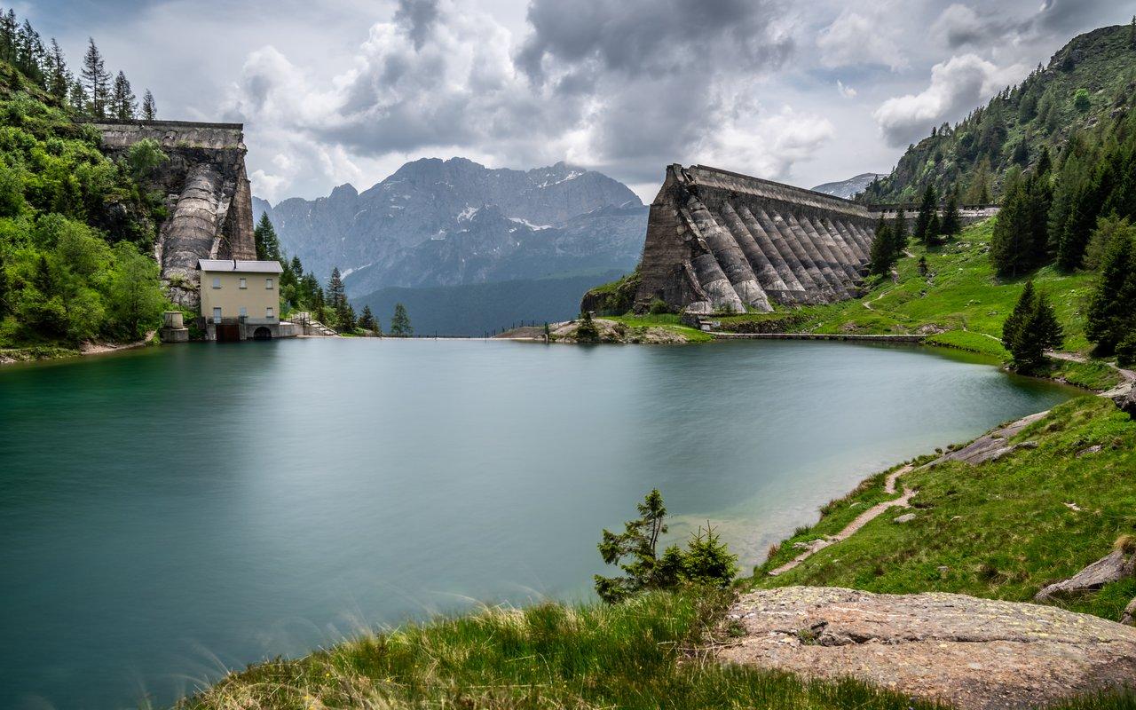 AWAYN IMAGE Ruins of Gleno dam – Vilminore di Scalve