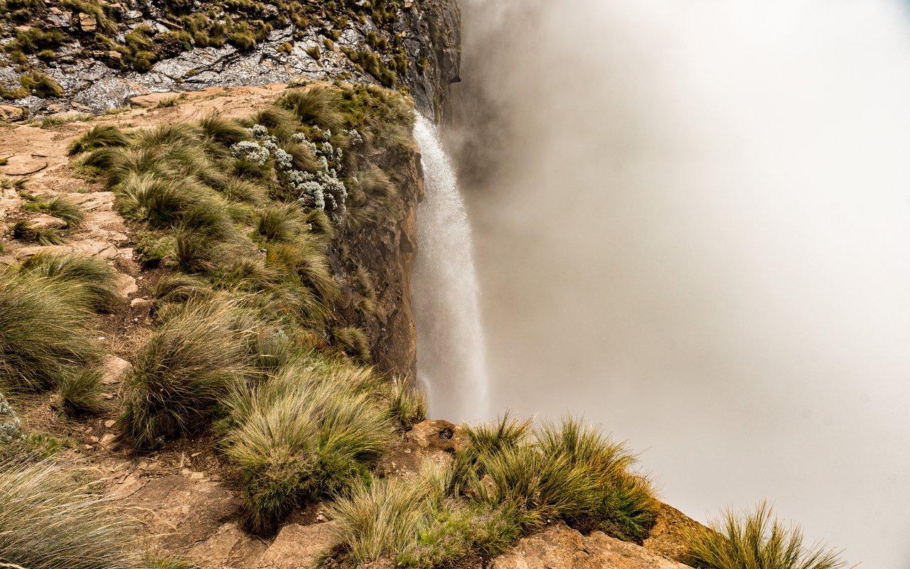 AWAYN IMAGE The Tugela Gorge hike