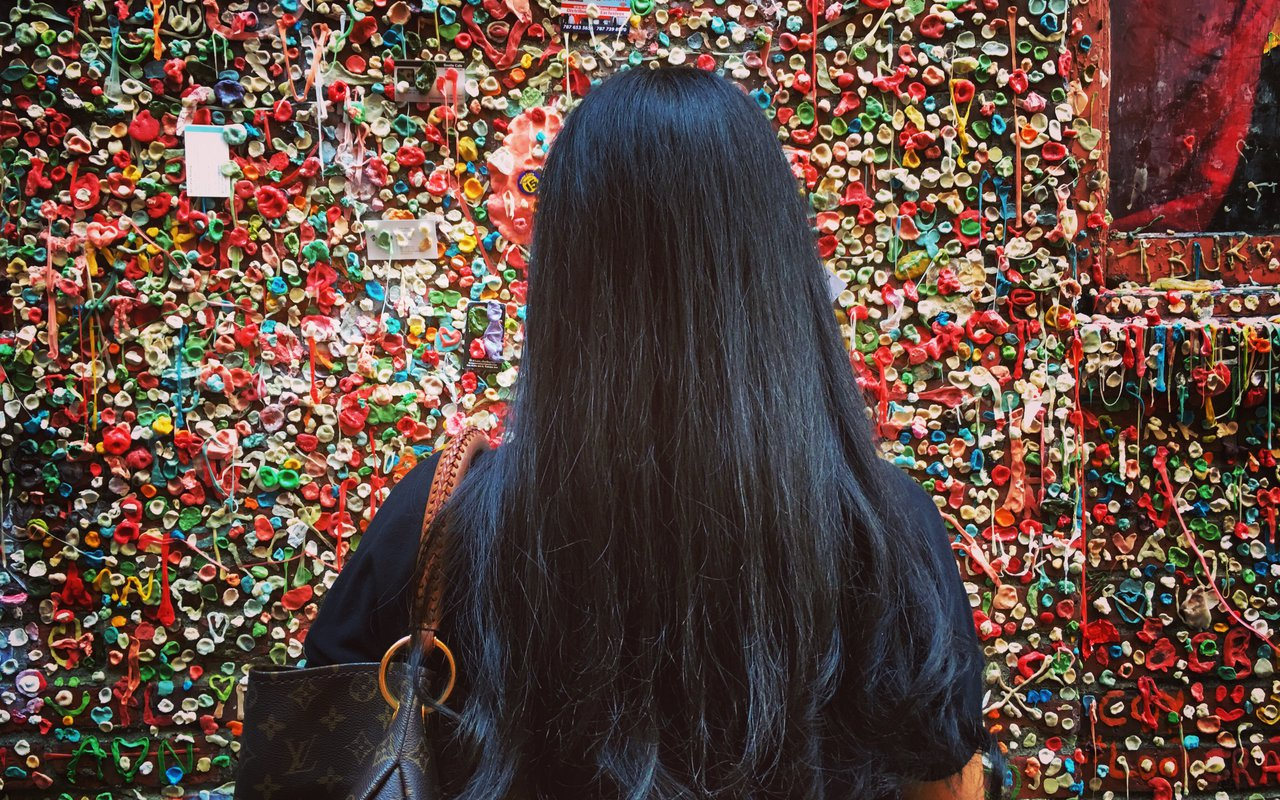 AWAYN IMAGE Take a picture with the Market Theater Gum Wall