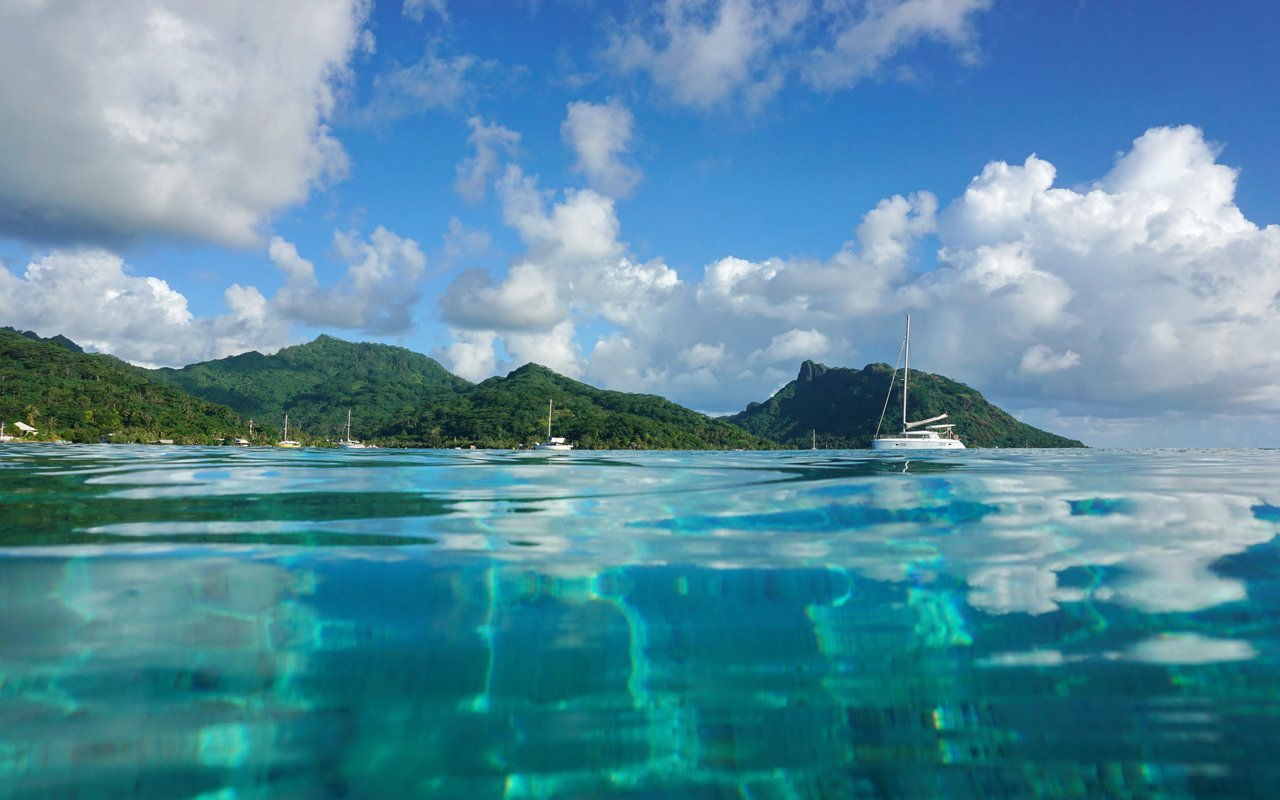 AWAYN IMAGE Visit the Huahine Island A Polynesian Secret
