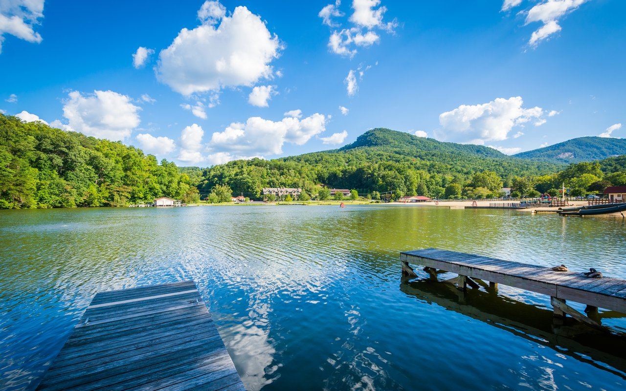 AWAYN IMAGE Lake Lure