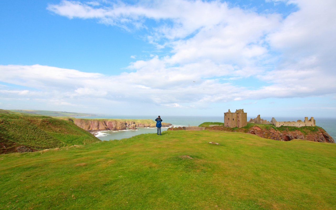 AWAYN IMAGE Dunnottar Castle