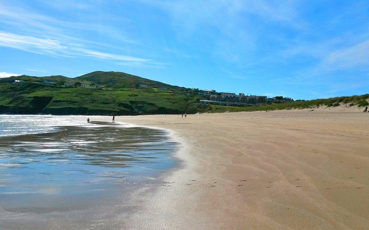 AWAYN IMAGE Charming Barleycove Beach