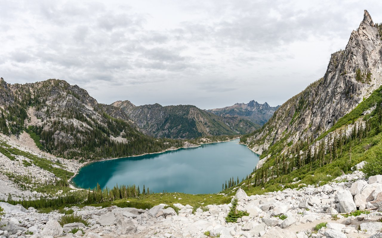 AWAYN IMAGE Hike to Colchuck Lake Trail