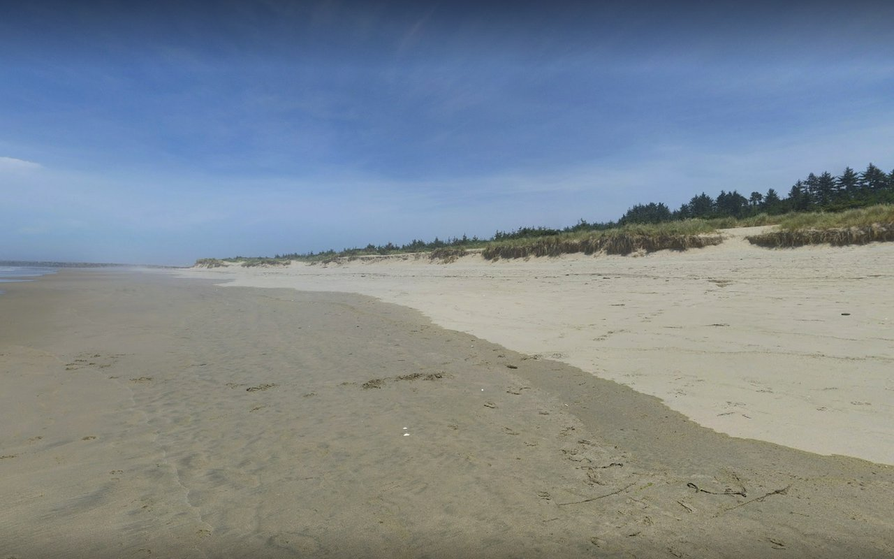 AWAYN IMAGE Bastendorff Beach Park