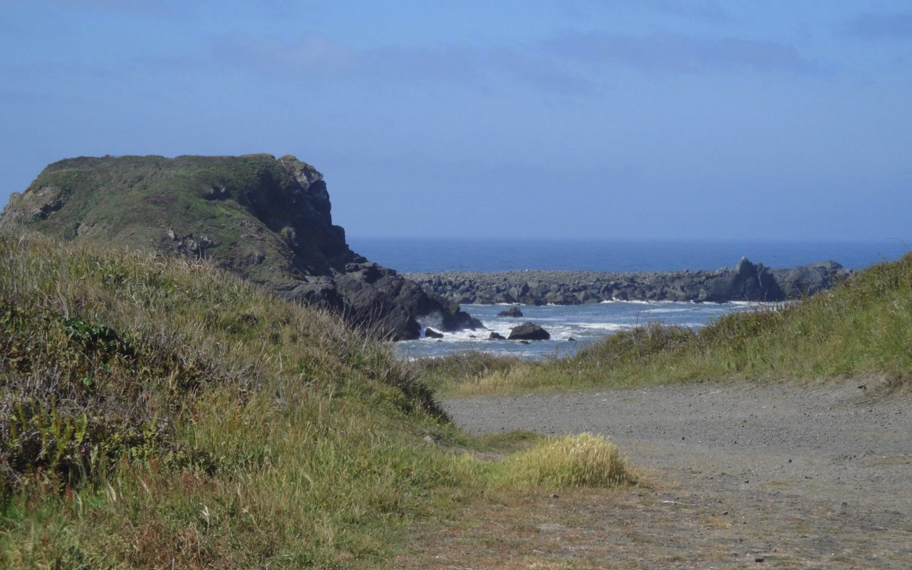 AWAYN IMAGE Point St. George Beach