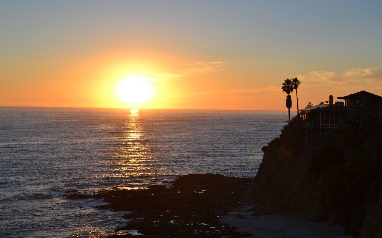 AWAYN IMAGE Newport Beach Surfing