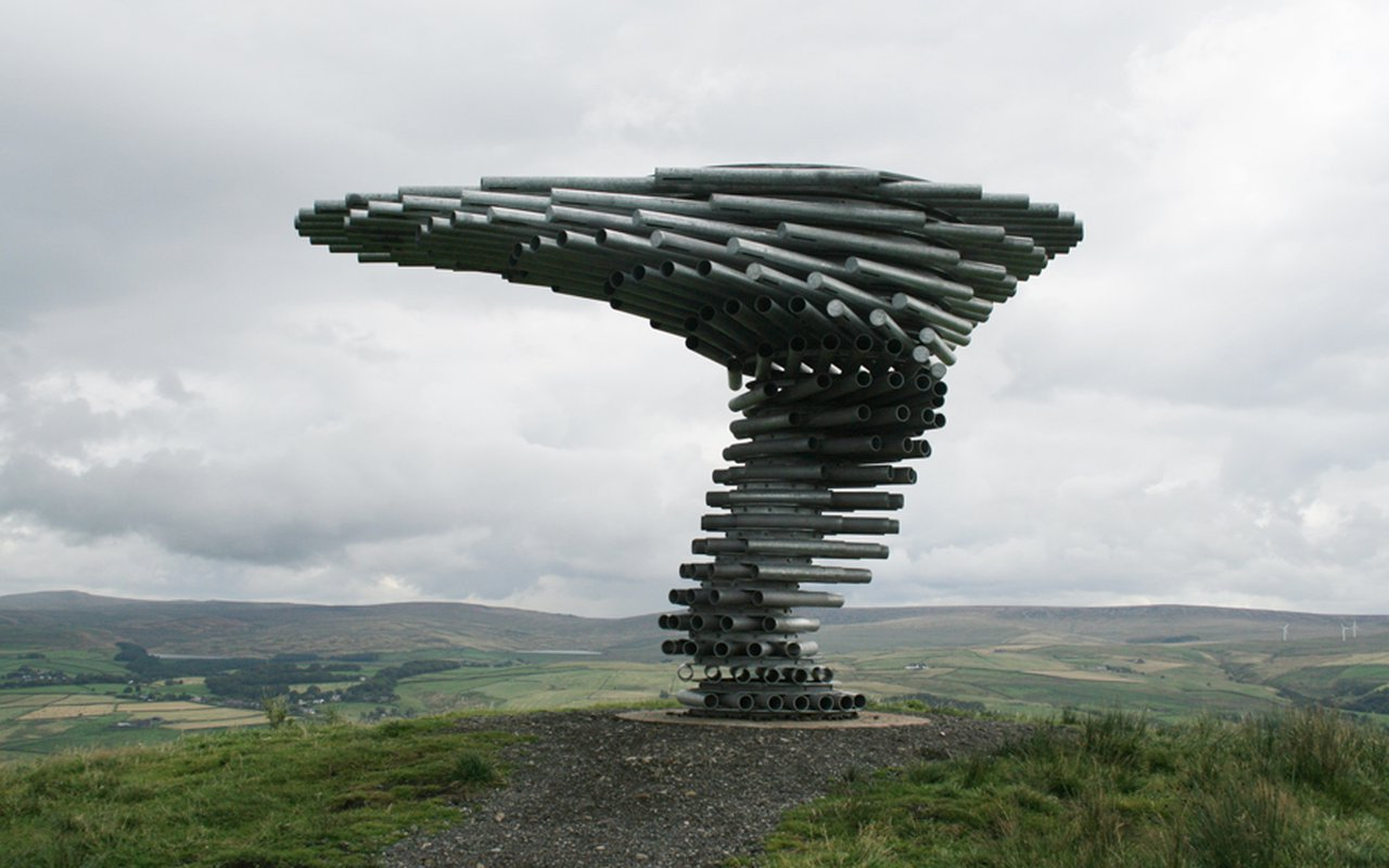 AWAYN IMAGE Photograph the Singing Ringing Tree