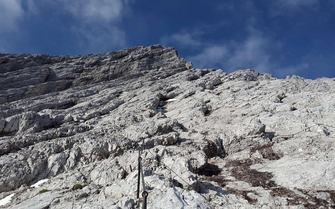 AWAYN IMAGE Mountain climbing in Alpspitze
