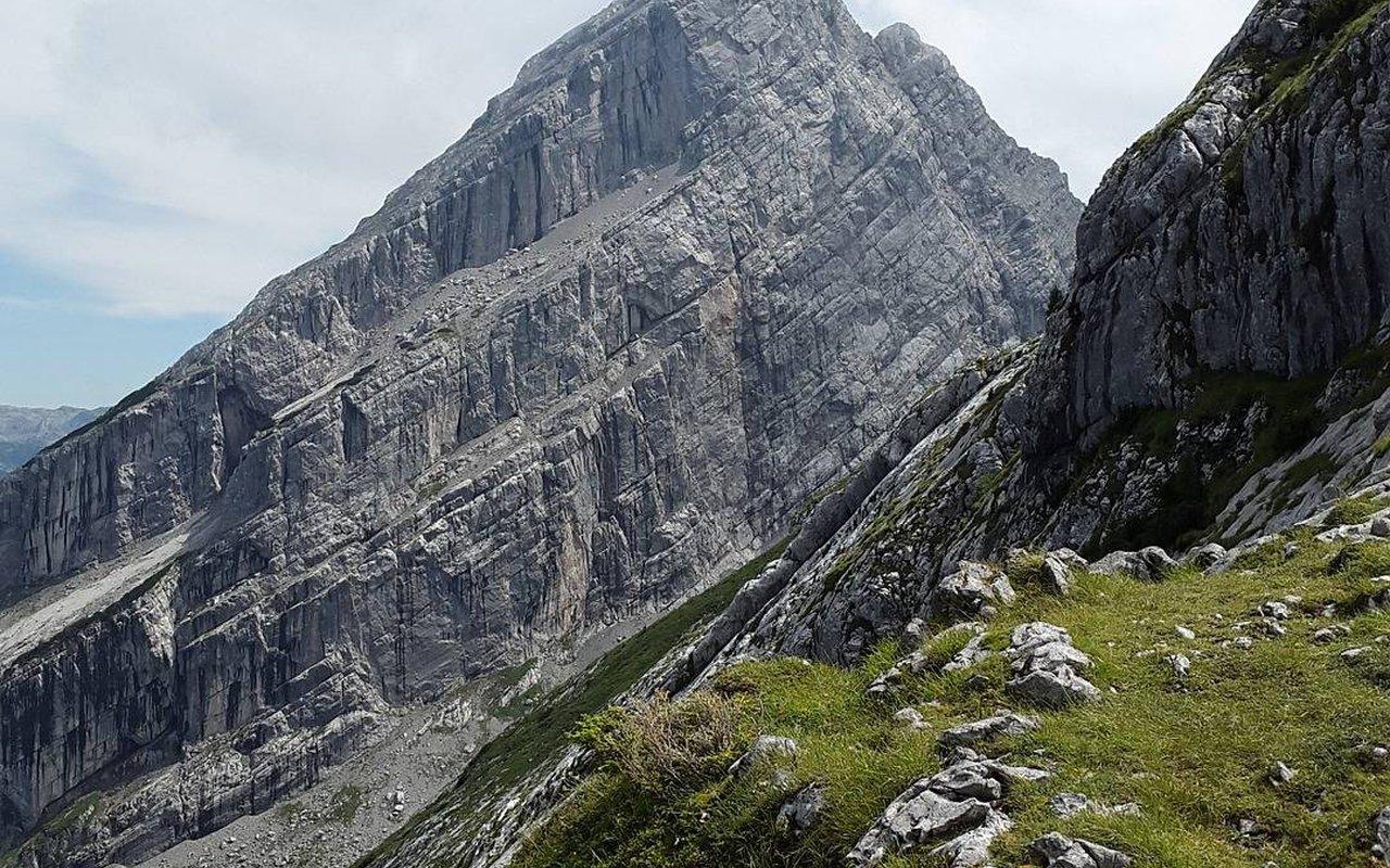 AWAYN IMAGE Climbing & Hiking in Watzmann