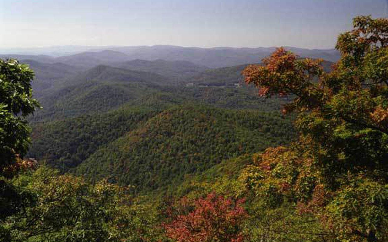 AWAYN IMAGE Byron Reece Memorial Trail Blairsville GA US