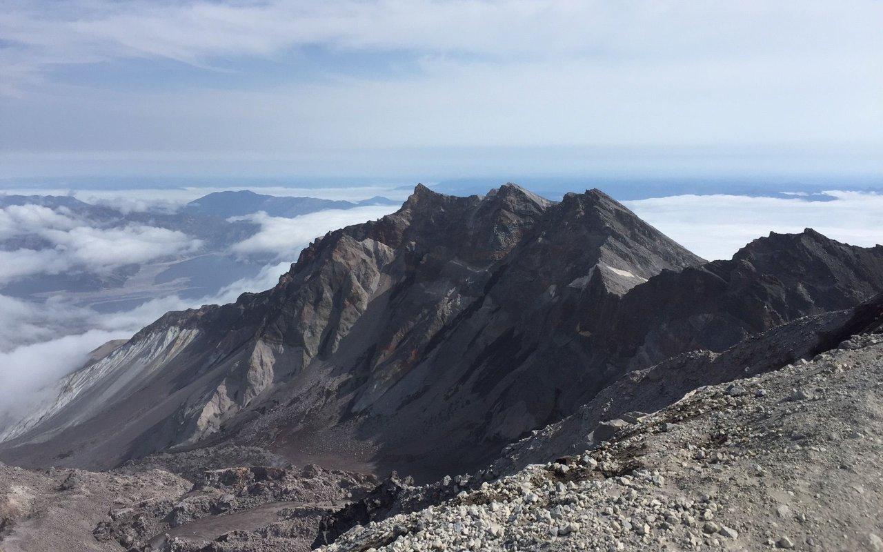 AWAYN IMAGE Mount Saint Helens Summit via Ptarmigan Trail