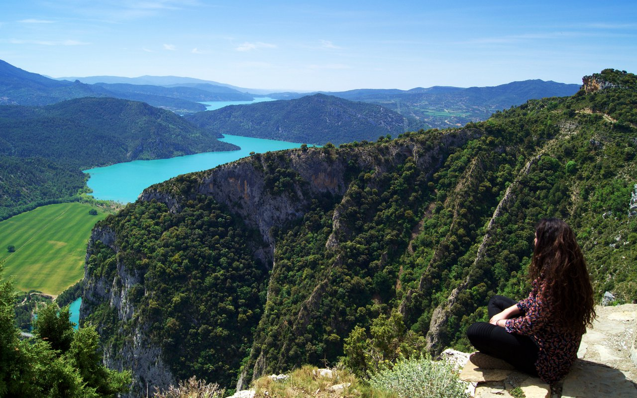 AWAYN IMAGE Mediano Reservoir from Samitier Castle