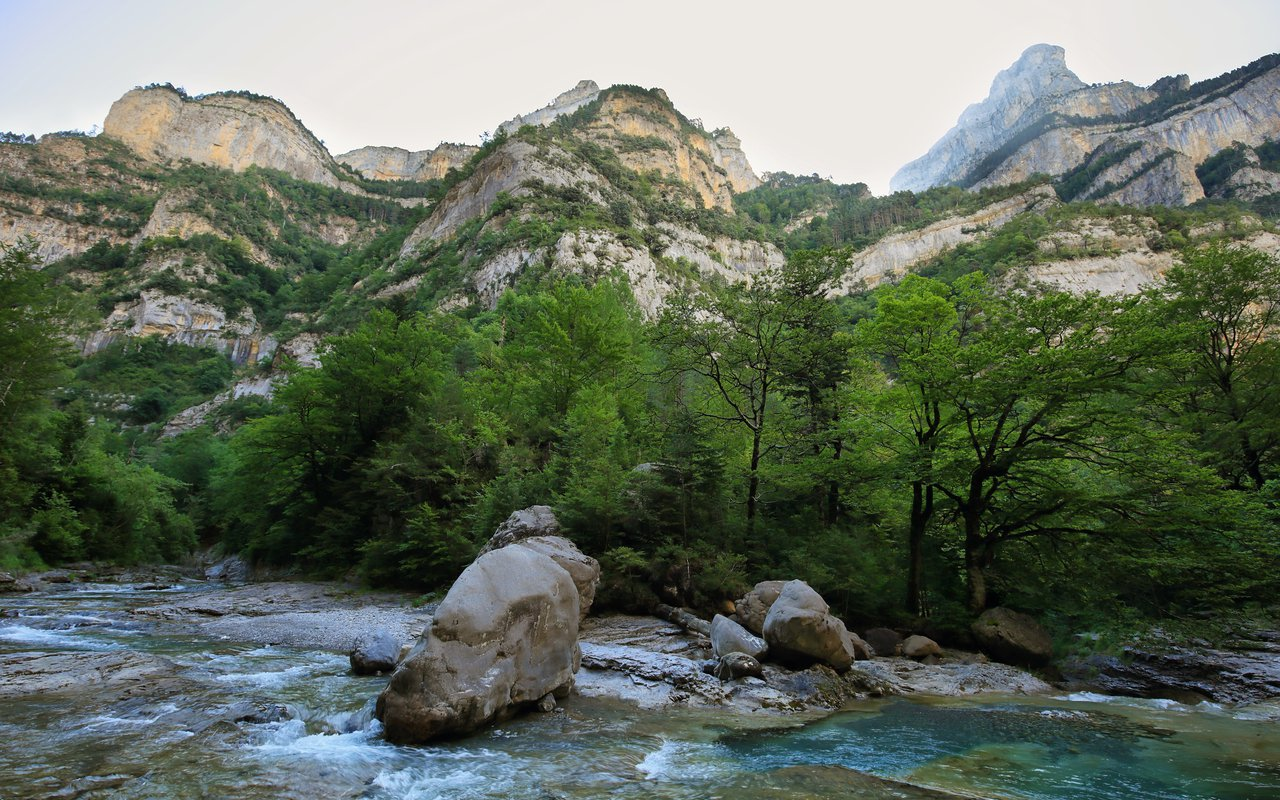 AWAYN IMAGE Fuenblanca in Anisclo gorge in Ordesa national park