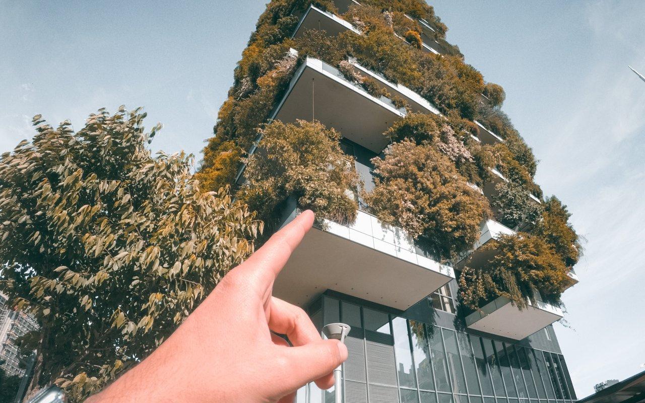 AWAYN IMAGE Construction Vertical gardens Milan