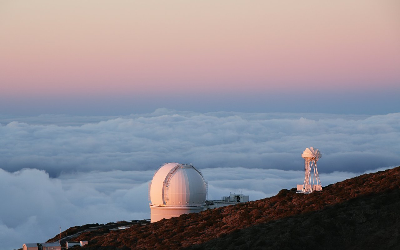 AWAYN IMAGE Visit the heaven on earth Roque de los Muchachos Observatory
