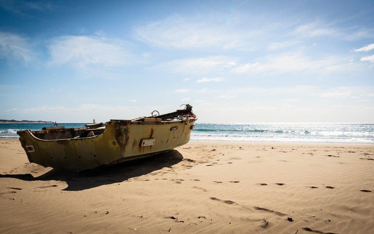 AWAYN IMAGE Surf Praia do Tofo Beach (Mozambique)