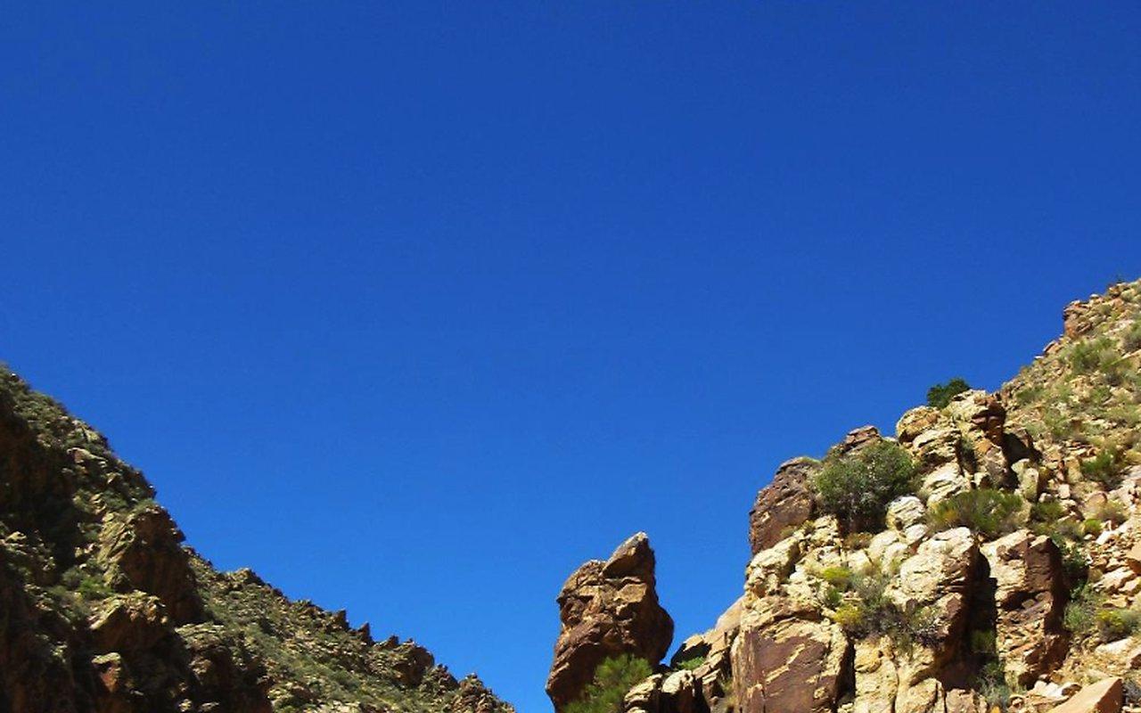 AWAYN IMAGE Parowan Gap Petroglyphs