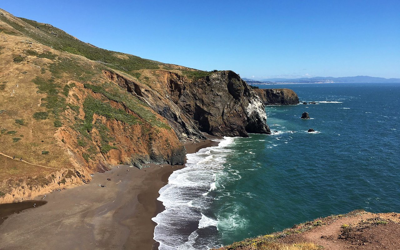 AWAYN IMAGE Hike Mountain Bike Tennessee Valley, San Francisco