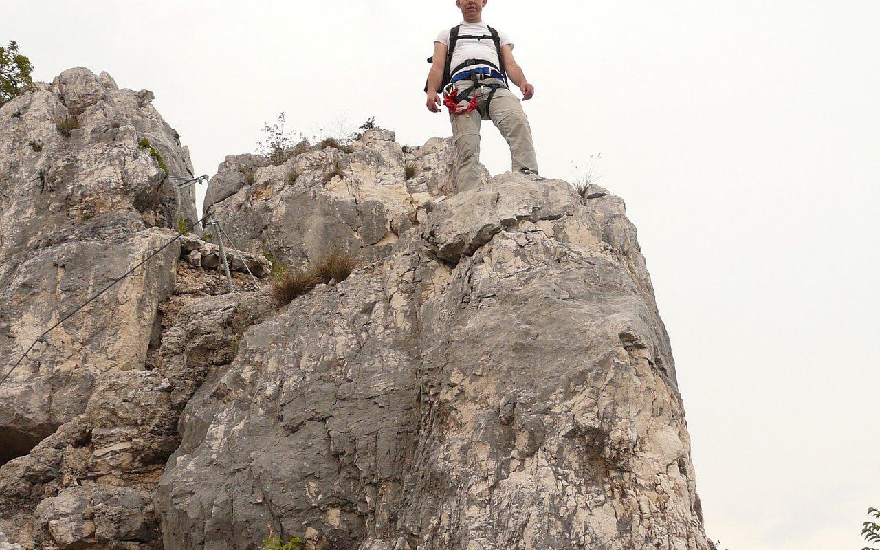 AWAYN IMAGE Rock Climbing Cima Capi