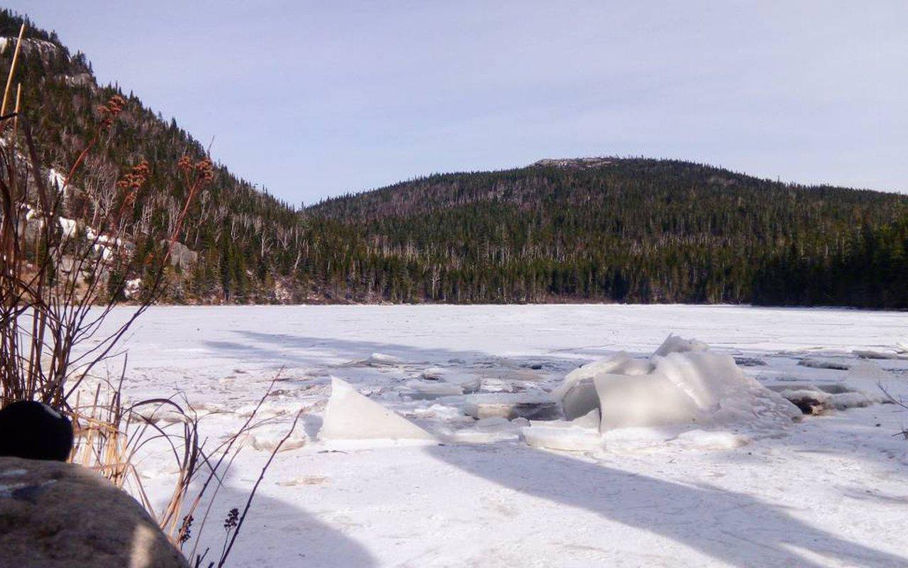 AWAYN IMAGE Hike to Grands-Jardins National Park