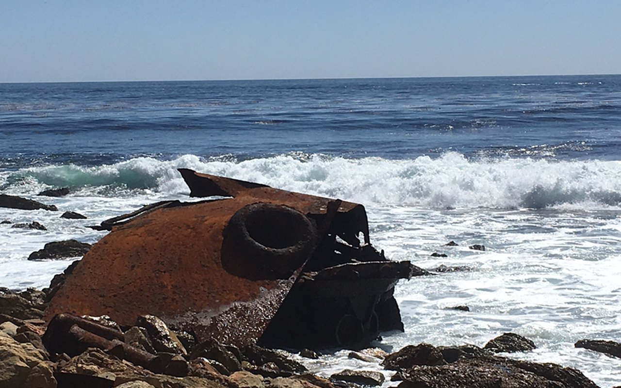 AWAYN IMAGE Photograph The Dominator Shipwreck