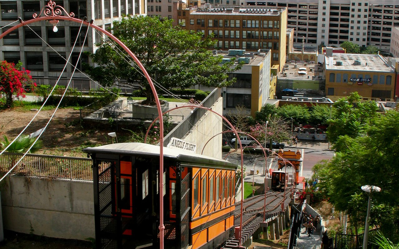 AWAYN IMAGE Get on the Los Angeles's Angels Flight