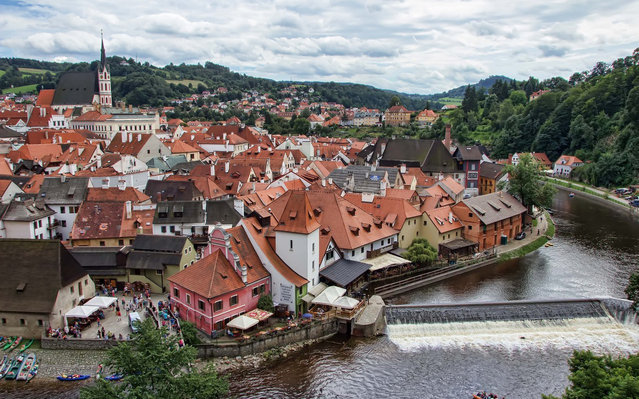 AWAYN IMAGE Cesky Krumlov Day Trip from Prague