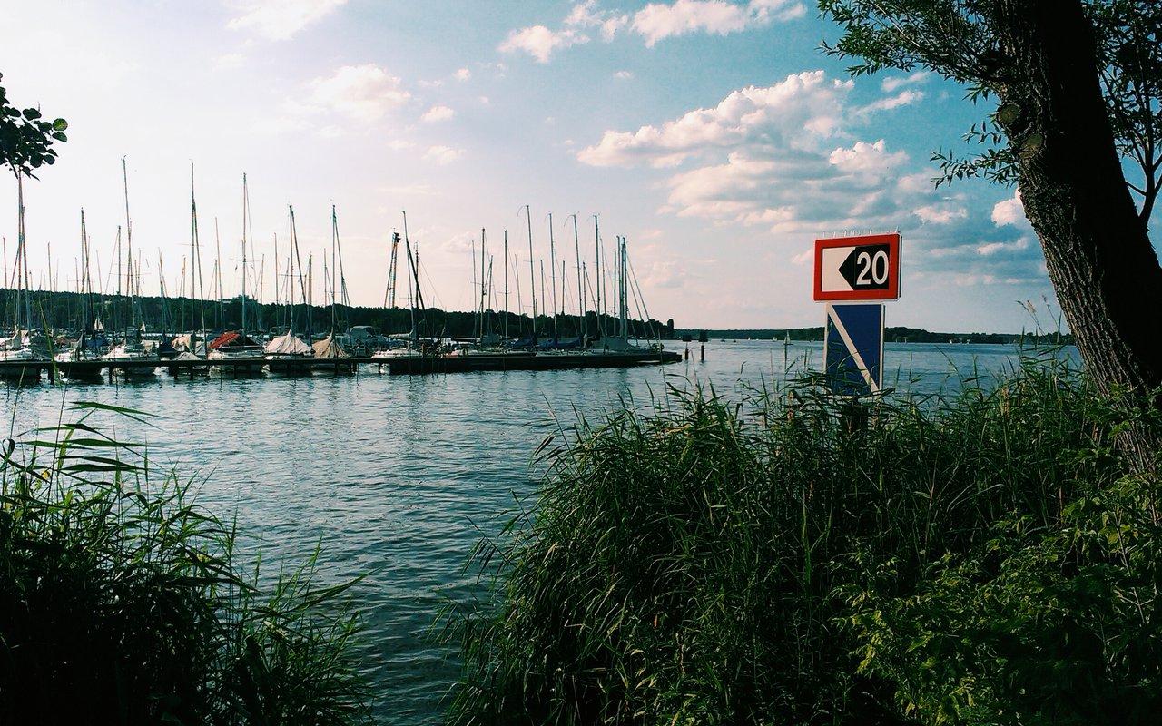 AWAYN IMAGE Swim in Großer Wannsee