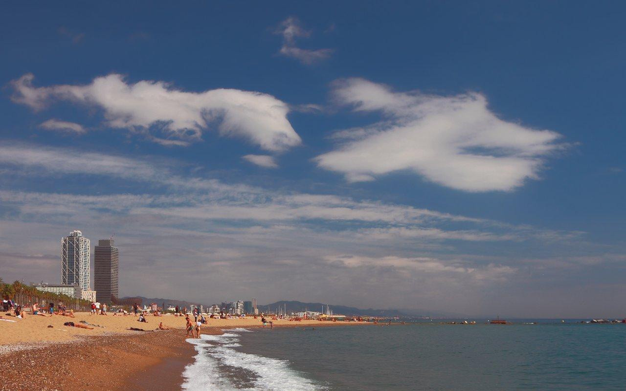 AWAYN IMAGE Swim in Platja de Sant Miquel beach