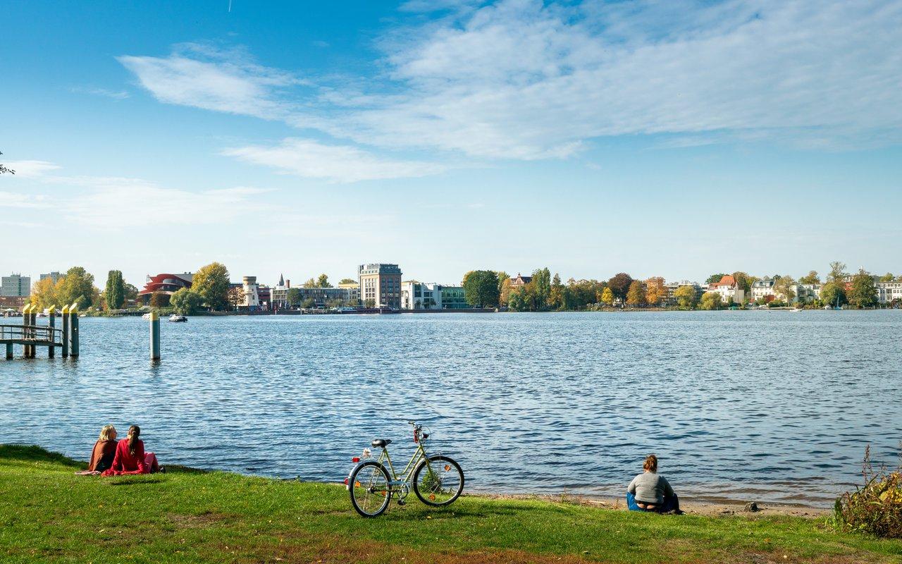 AWAYN IMAGE Cycle around Babelsberg Park
