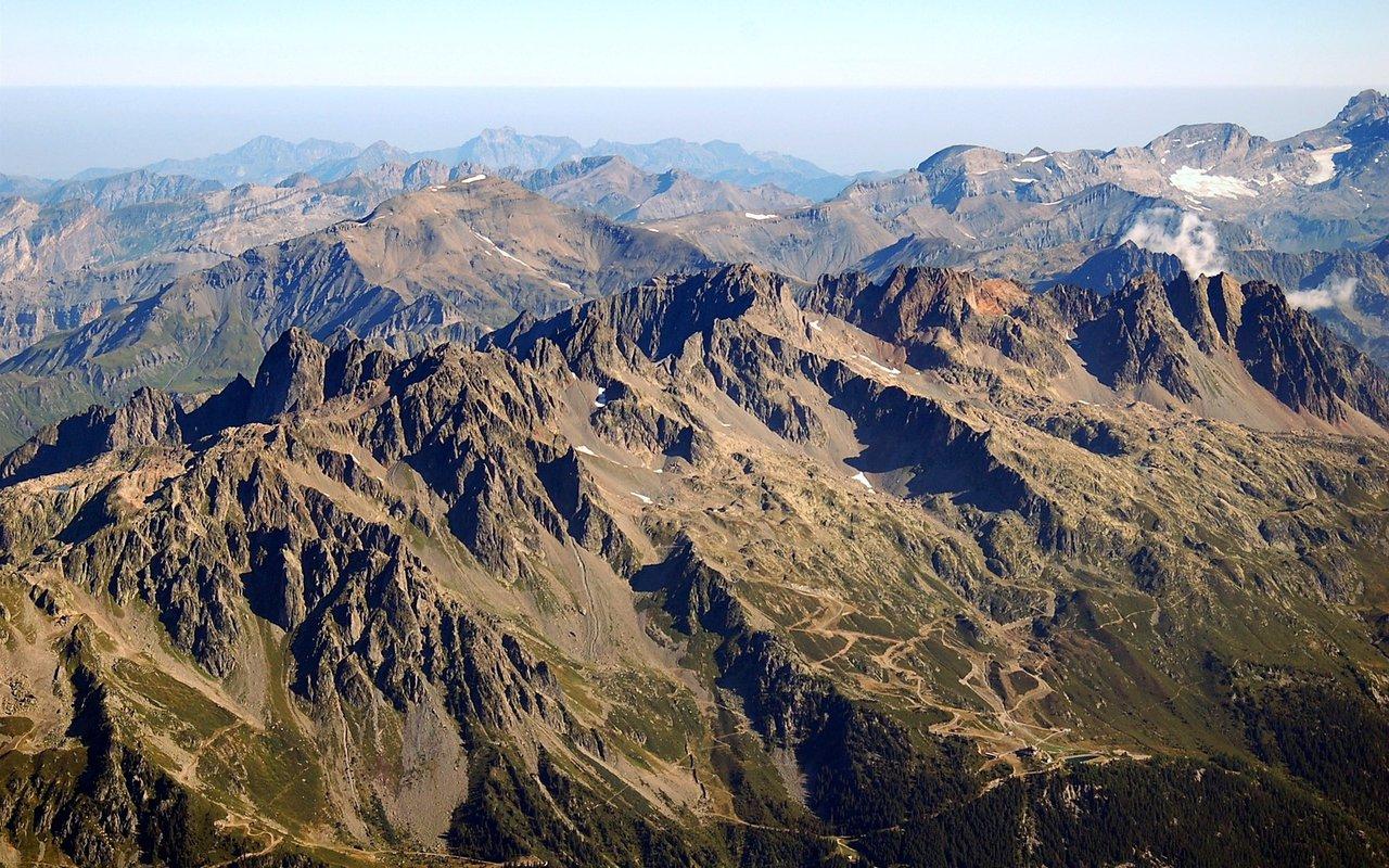 AWAYN IMAGE Hike in Parque Nacional de Ordesa y Monte Perdido