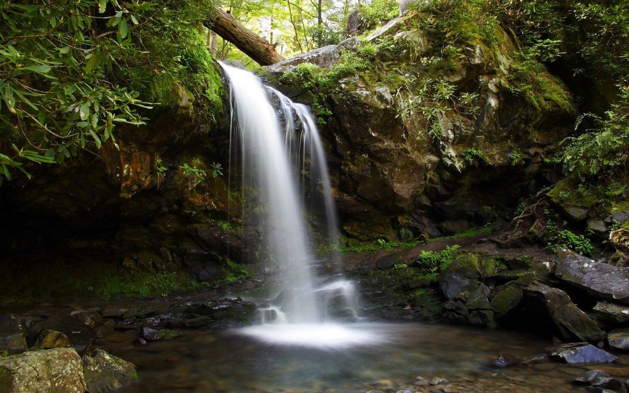 AWAYN IMAGE Grotto Falls
