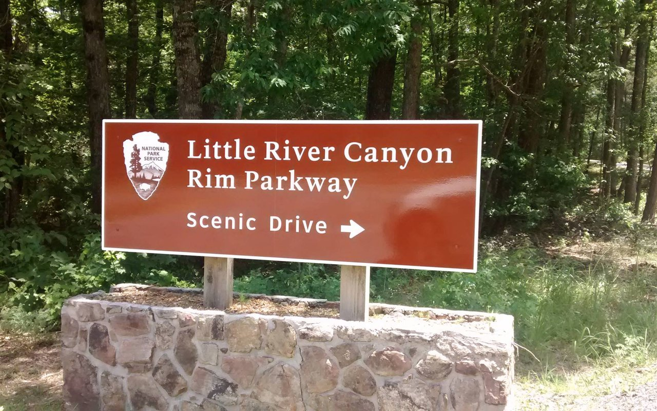 AWAYN IMAGE Little River Canyon National Preserve (Fort Payne, AL)