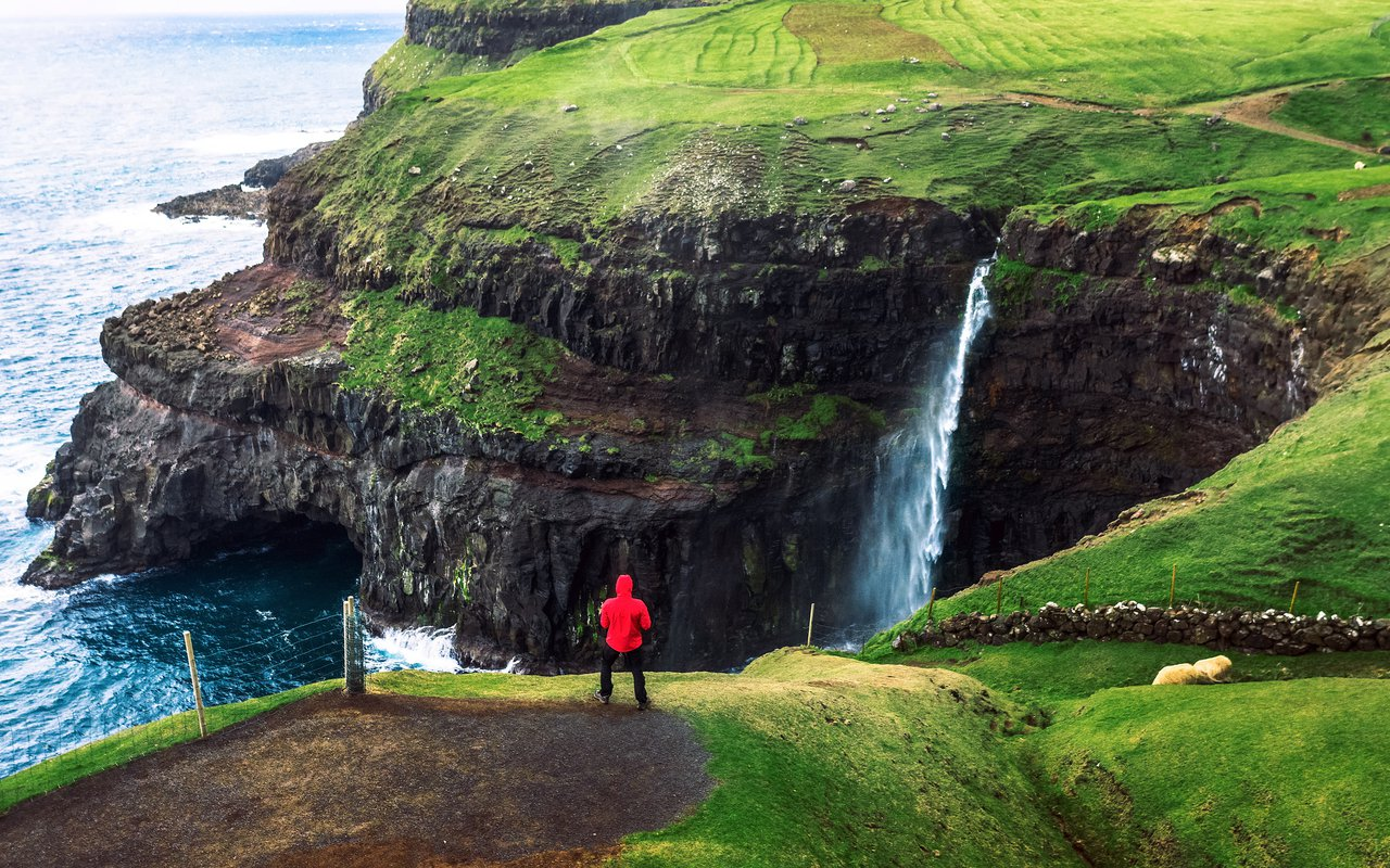 AWAYN IMAGE Faroe Islands Hike: Mulafossur waterfall