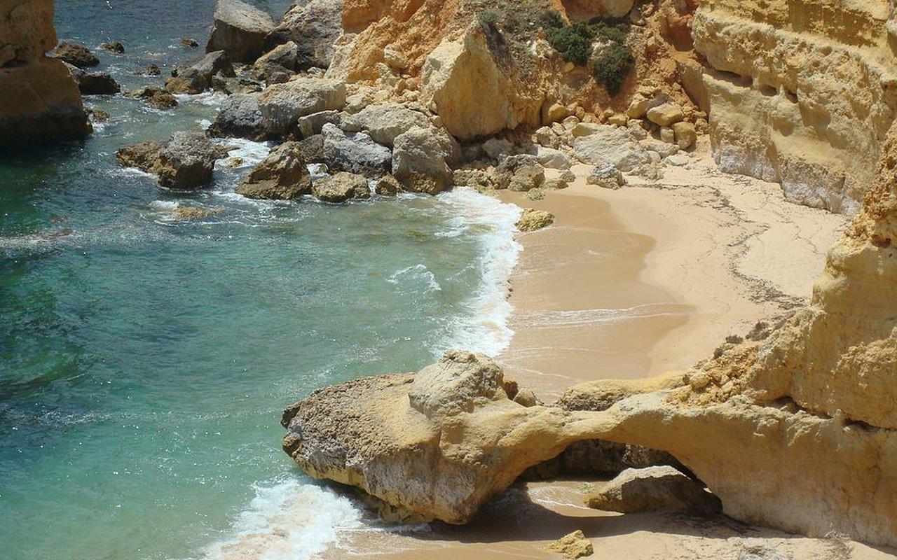 AWAYN IMAGE Benagil Sea Cave