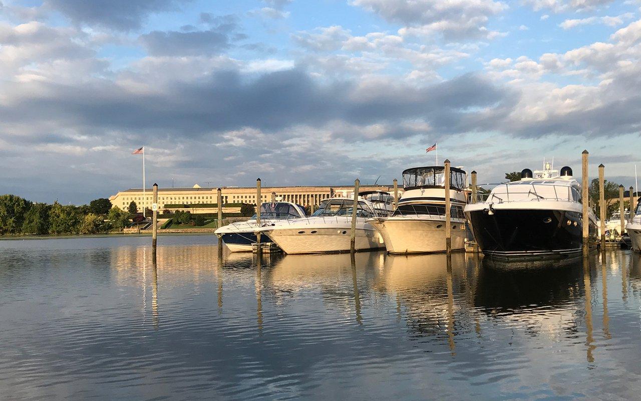 AWAYN IMAGE Columbia Island Marina