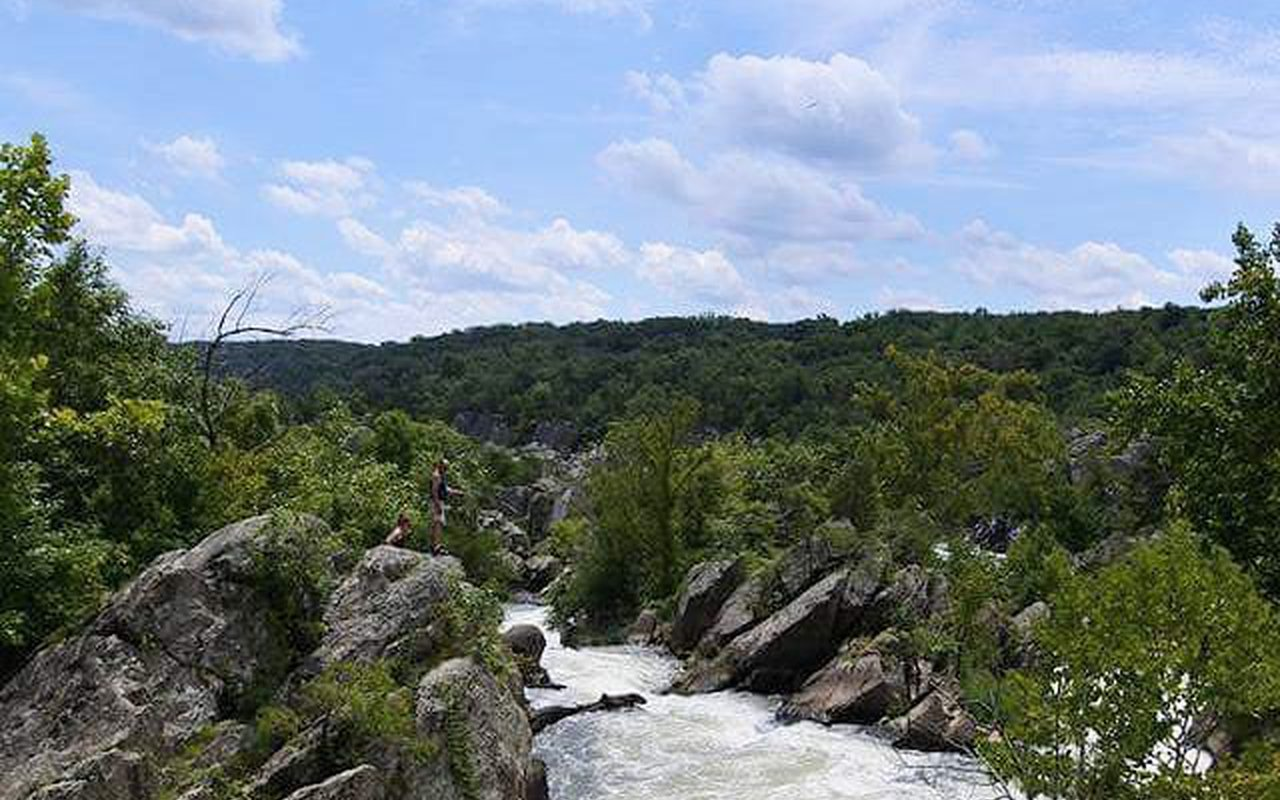 AWAYN IMAGE Great Falls Park