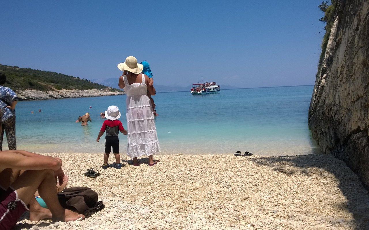 AWAYN IMAGE Xigia Beach on Zakynthos sulfur bath paradise
