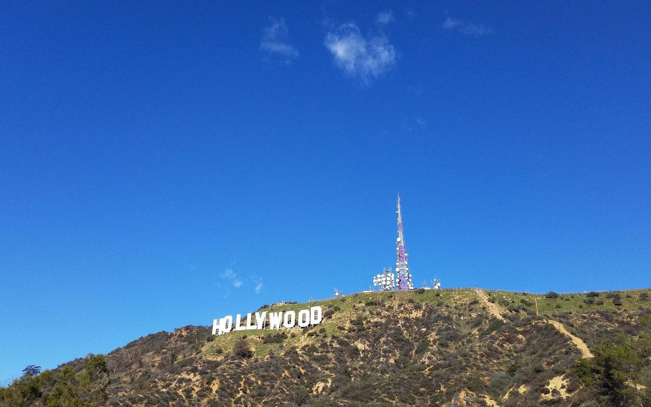 AWAYN IMAGE Mount Hollywood Trail