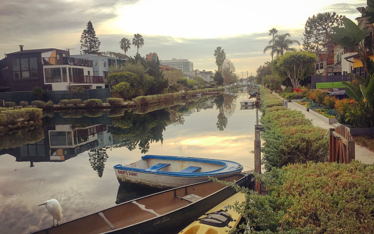 AWAYN IMAGE Walk the Venice Canals Trail