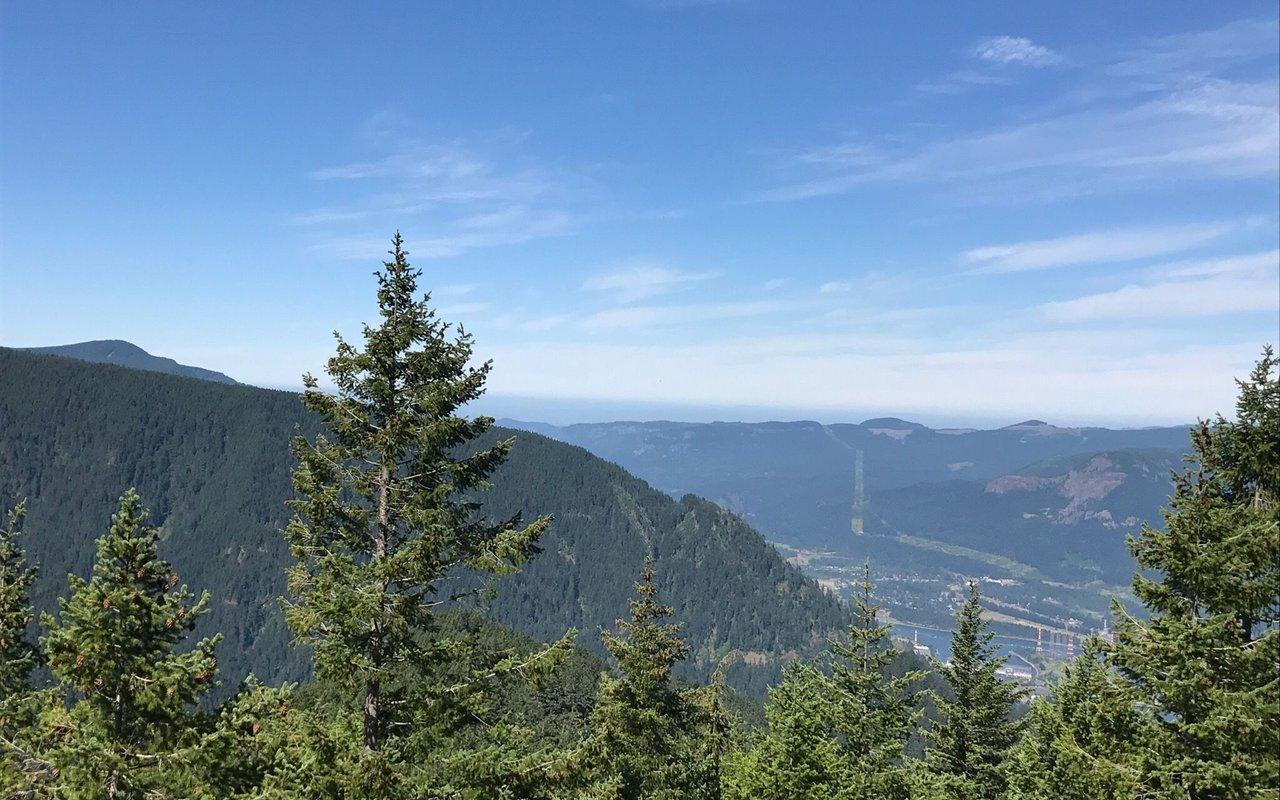 AWAYN IMAGE Ruckel Ridge Ruckel Creek Loop Trail