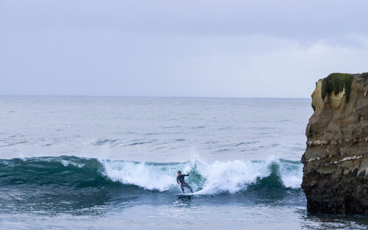 AWAYN IMAGE Surf in Pleasure Point