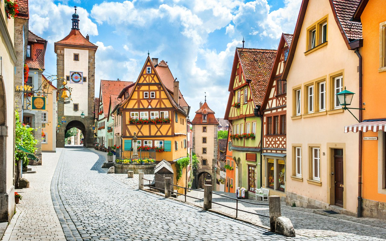 AWAYN IMAGE Germany's Fairy-Tale Rothenburg ob der Tauber