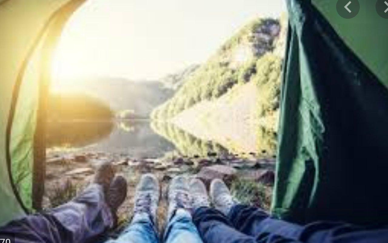 AWAYN IMAGE Isabella Di Fabio WEBDESIGNER ON HER camping trip