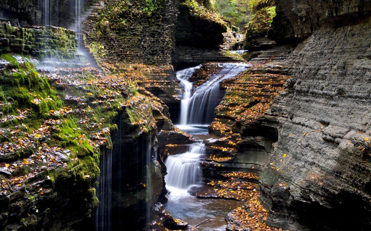 AWAYN IMAGE Watkins Glen State Park, New York