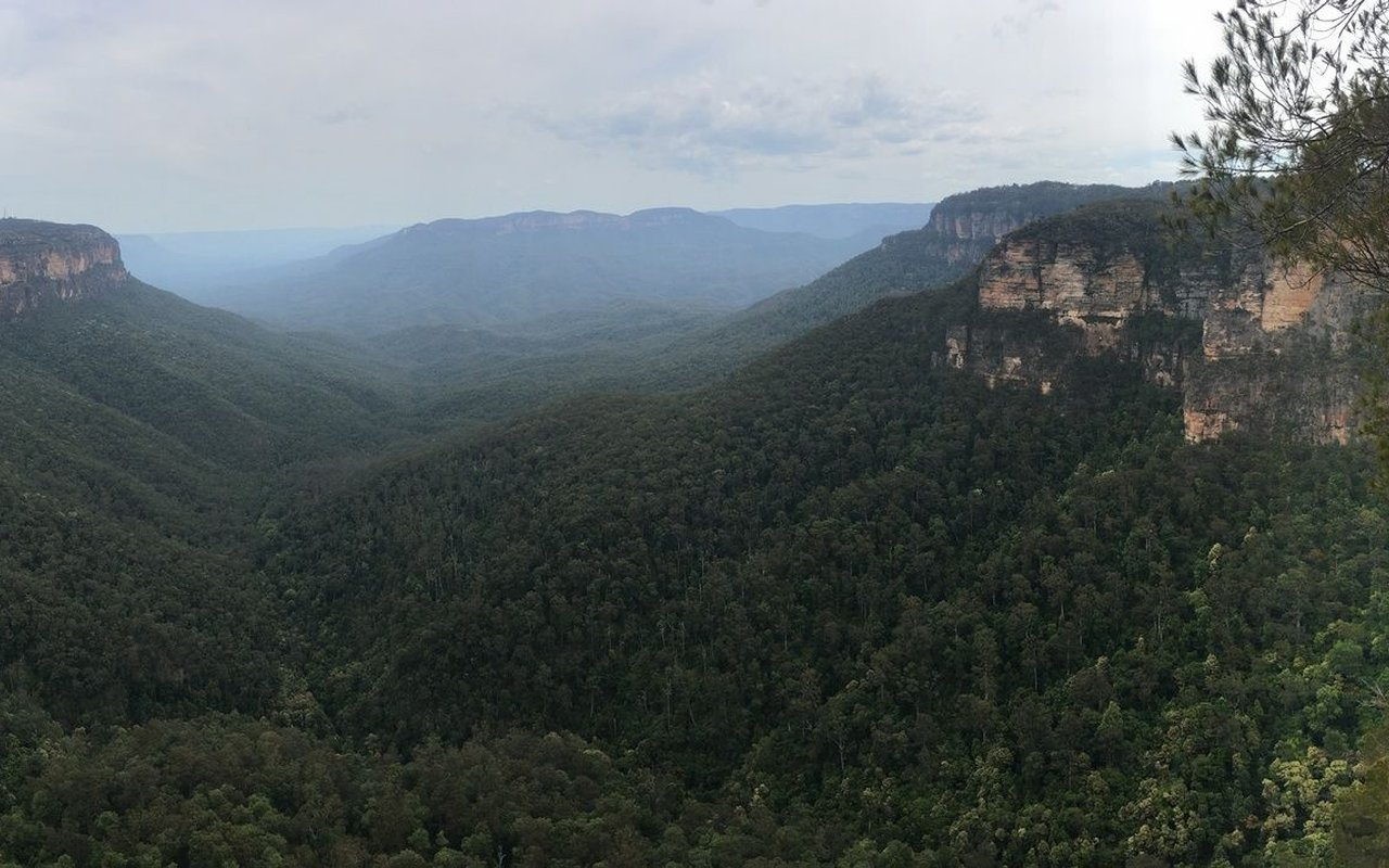 AWAYN IMAGE Wentworth Falls, Valley of the Waters and the National Pass